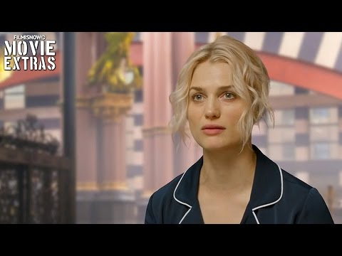 Fantastic Beasts and Where to Find Them | On-set visit with Alison Sudol 'Queenie'