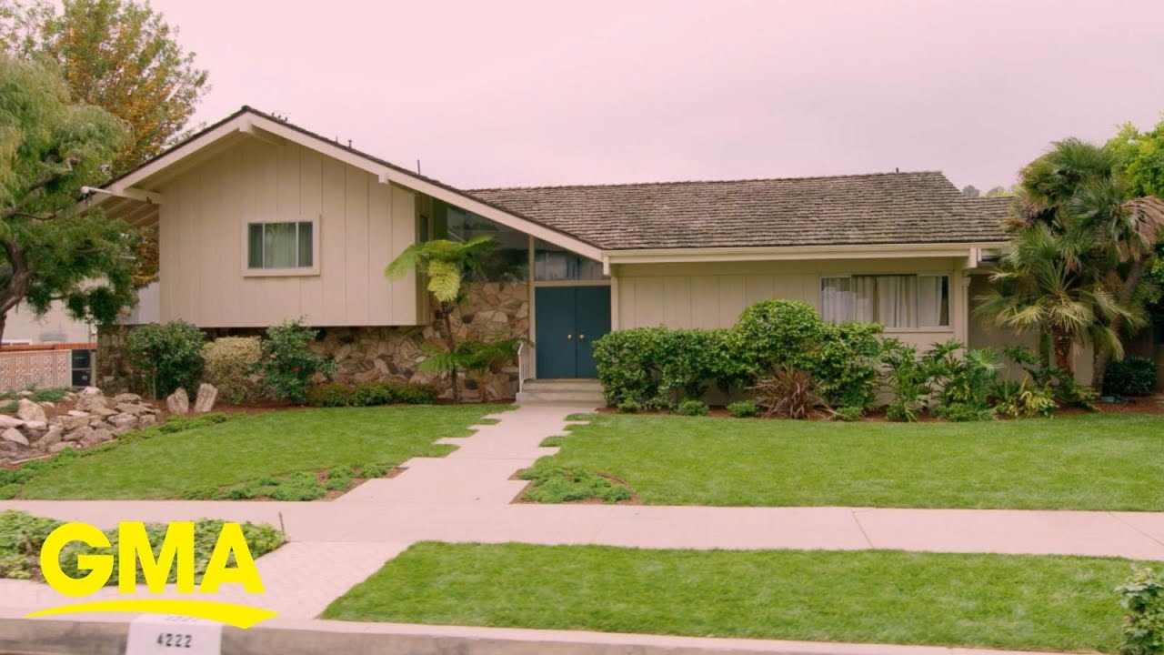 Download 1st look at the newly-renovated Brady Bunch house l GMA