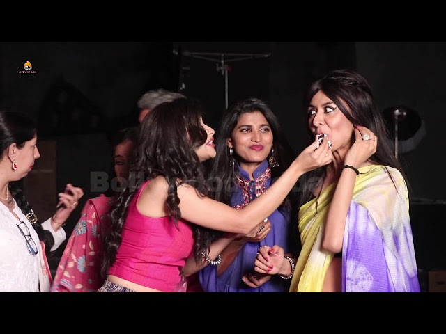 CAKE CUTTING OF ALT BALAJI'S UPCOMING SERIES HELLLO JEE WITH STARRING NYRA BANERJEE &  ENTIRE CAST 0