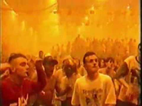 Bassheads - Is There Anybody Out There? (Pandemonium Video) (1991)