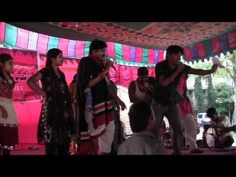 Telangana : Vamo O soniya amma song in Dhoom Dham...