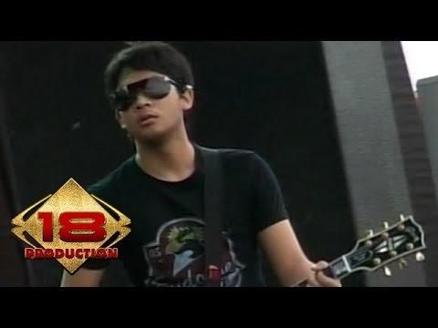 Peterpan - Topeng  (Live Konser Kotabumi 20 Maret 2008)