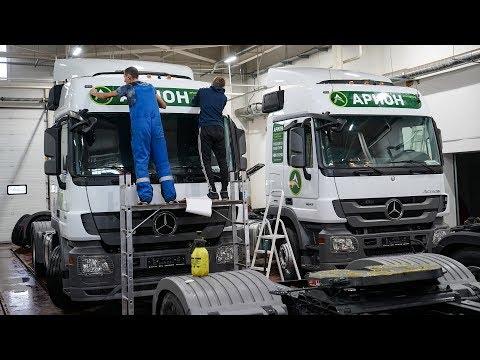 Пополнение автопарка. 40 новых Mercedes готовятся к выезду.