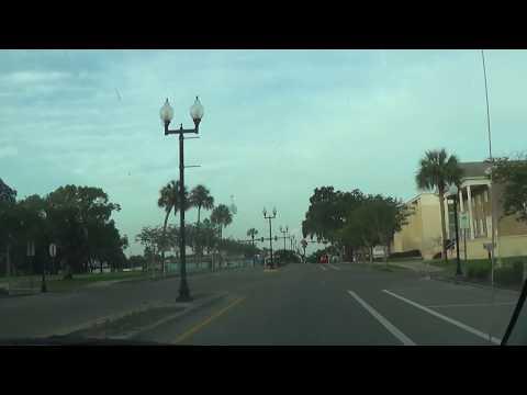 Driving around Downtown Zephyrhills, FL