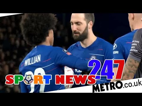 Gonzalo Higuain steps aside to let Willian score his 50th Chelsea goal