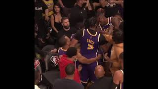 Things got chippy between Dwight Howard and Anthony Davis on the Lakers' bench   #shorts