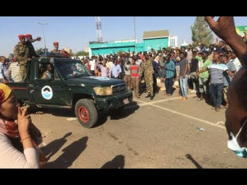 Sudan Army surrounds Omar al-Bashir's palace in Khartoum