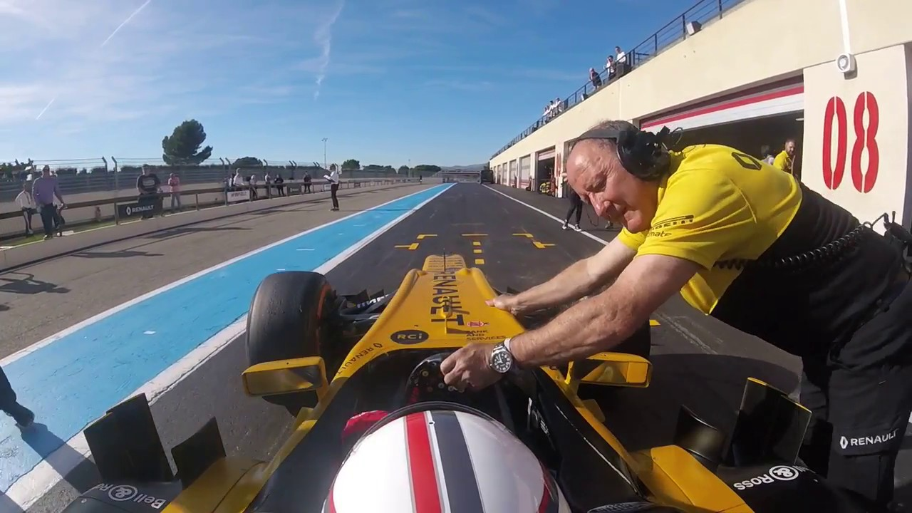 Driving a Renault F1 car for the first time at Paul Ricard ...