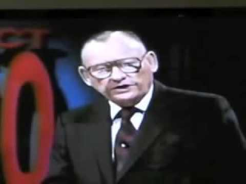 7 Prophetic Warnings Lester Sumrall Gave Over America That Ring True