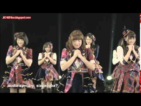 Download MV Yuuhi wo Miteiruka? - Apakah kau melihat
