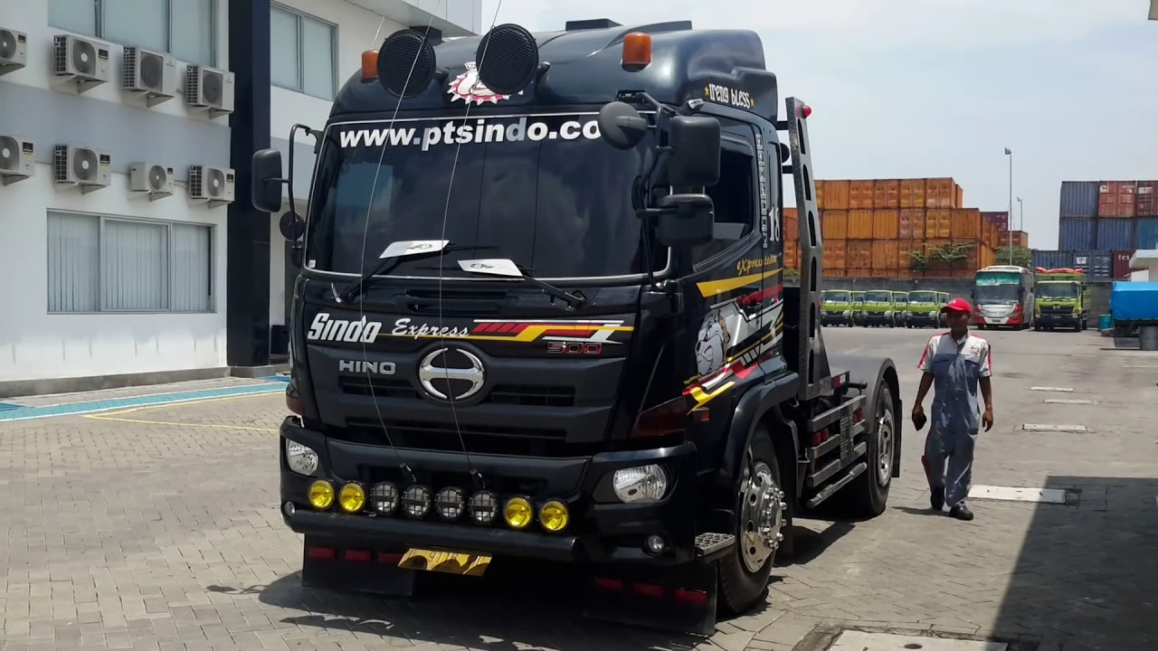 hino black personals Hino parts & accessories accessories from air deflectors and bumpers to oil, filter and wwwhinocom black heated mirror kit with lights.