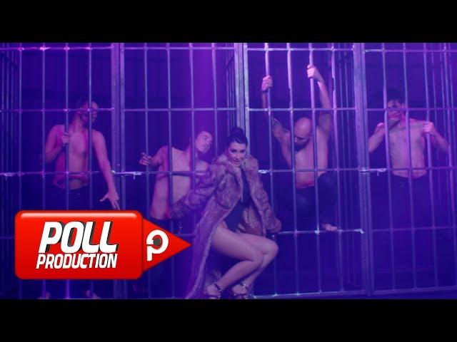 Hande Yener - Mor ( Official Video )
