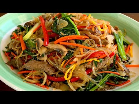 Japchae (Glass noodles stir-fried with vegetables: 잡채)