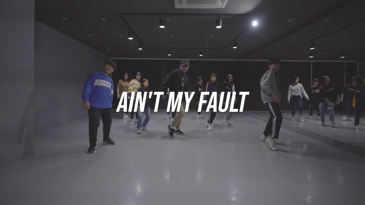 Aint My Fault - Zara Larsson - Choreography - FitDance