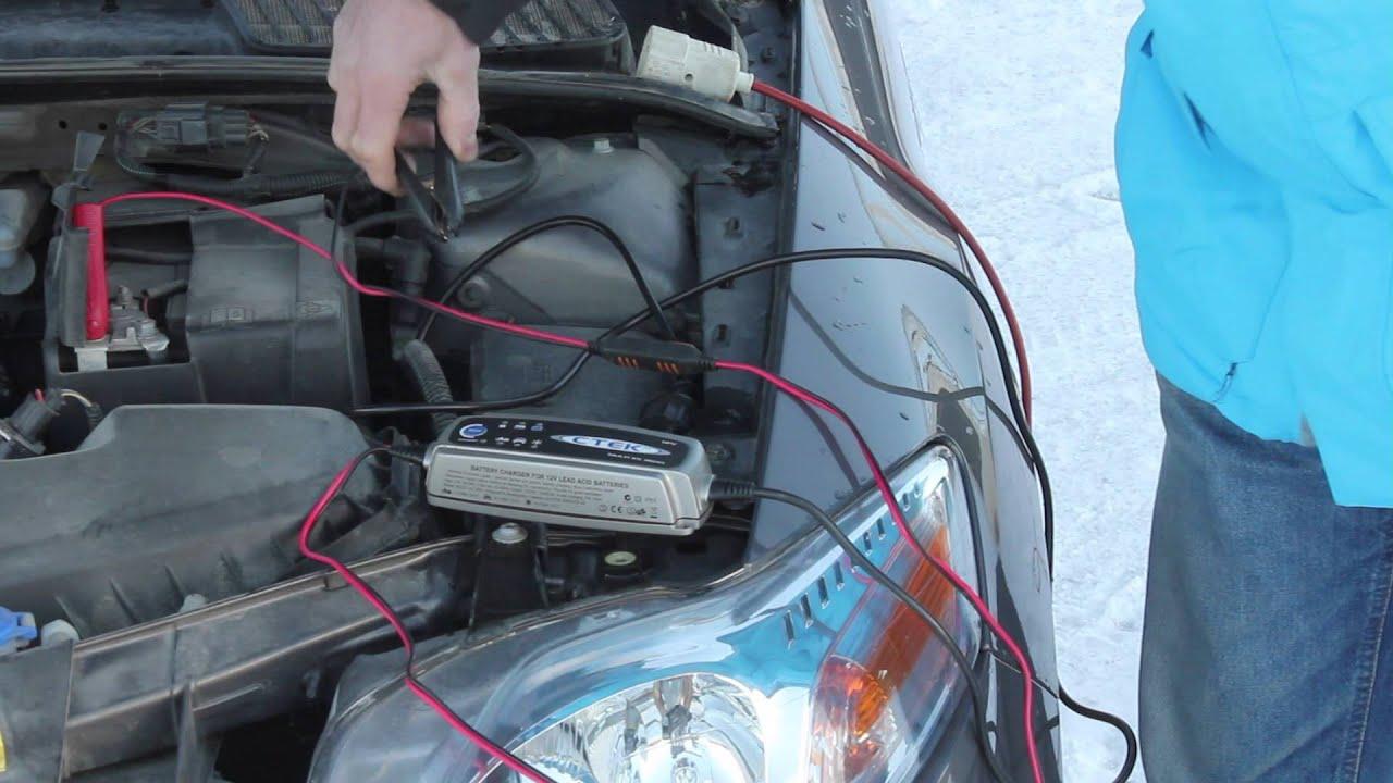 Lade bilbatteri uten å koble fra
