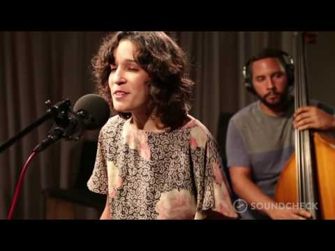 Ile - 'Te Quiero Con Bugalu,' Live on Soundcheck