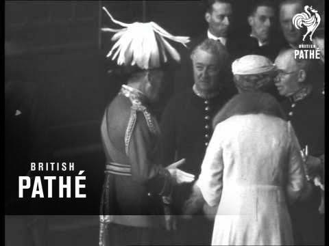 George V And Queen Mary Greet Prince Of Wales And Duke Of York On Their Return To London (0)