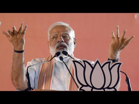 AAP brought 'nakampanthi' model of governance: PM Modi in Delhi