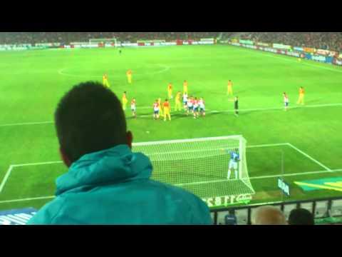 Gol de Messi de falta contra el Granada