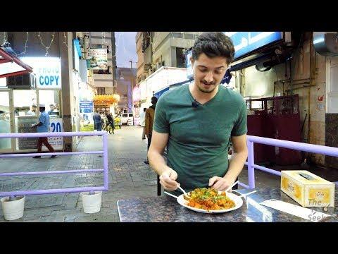 INCREDIBLE INDIAN FOOD in DUBAI,  Tour of Bur Dubai  | Pulao, Vada Pav, INDIAN STREET FOOD