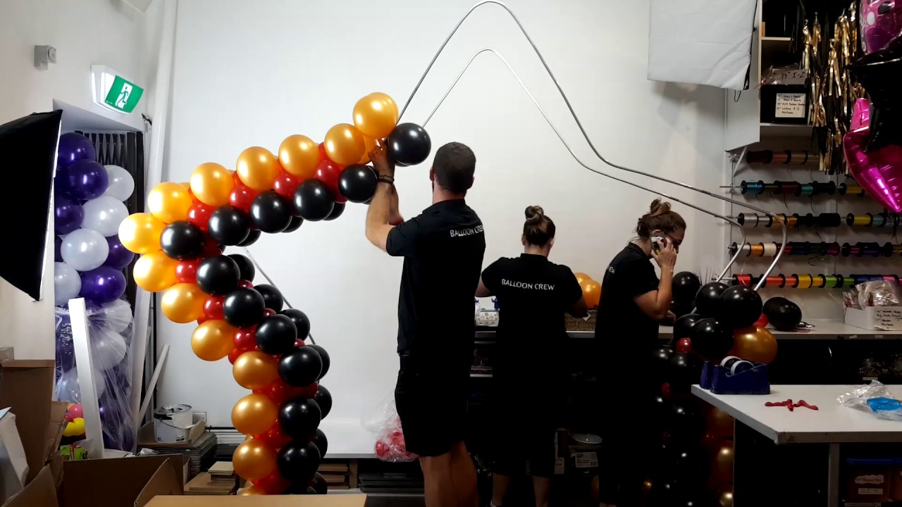 Star Frame Balloon Arch   Time Lapse Video Fun
