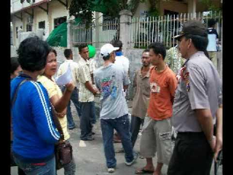 Demonstrasi Anarki Sibolga.wmv