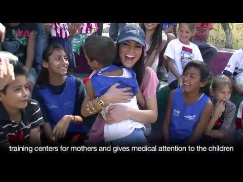 Miss Universe 2010 Ximena Navarrete Helping Poor Children in Mexico