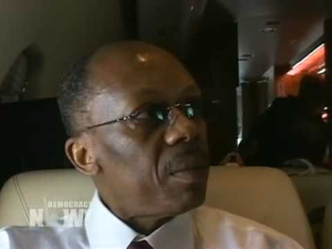 Democracy Now! Exclusive Interview with Jean-Bertrand Aristide on Plane Returning to Haiti. 1 of 3