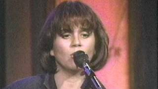 Kate and Anna McGarrigle, Linda Ronstadt, Maria Muldaur: You Tell Me That I