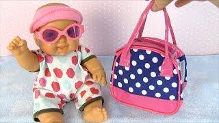 #Куклы СОБИРАЕМ НА УЛИЦУ Пупсика Мультик Для девочек Игрушки для детей Мама и дочка