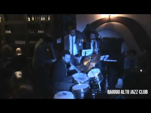 Live at Barrio Alto Jazz Club - Francesco Ciniglio plays Monk