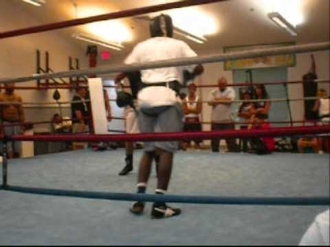SHAK  vs TONY sparring