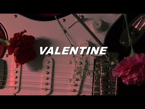 5sos - valentine (lyrics)