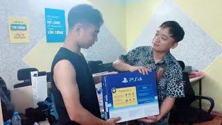 Chủ Tịch SVM Chi Tiền Mua PS4 Thử Lòng Nhân Viên Và Cái Kết