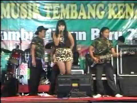 New Adesta - Oh Tak Mungkin.mp4