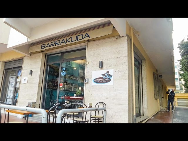 Loano Spaccata al Bar Barrakuda: video #1