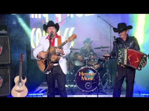 Johnny Canales - Cesar Del Fierro