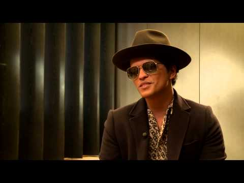 Interviu cu Bruno Mars despre albumul Unorthodox Jukebox