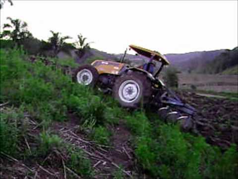 Trator valtra a750 turbo arrando terra jacioni debarba youtube youtube premium loading fandeluxe Gallery