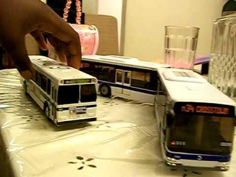 Daron MTA Articulated Bus Small
