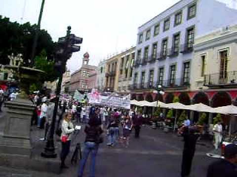 marcha en contra de reforma del art. 24 en puebla zócalo de la ciudad