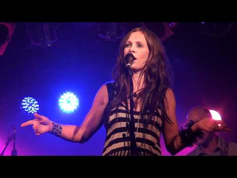 Kasey Chambers - The Captain