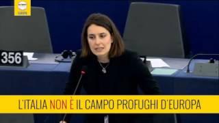 L'ITALIA NON È IL CAMPO PROFUGHI D'EUROPA (Ferrara M5S)