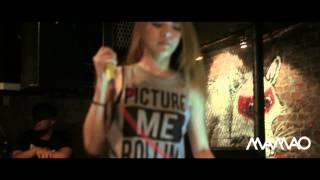 Blur Blur - Boom Boom Cash LiveMAMAO BAR