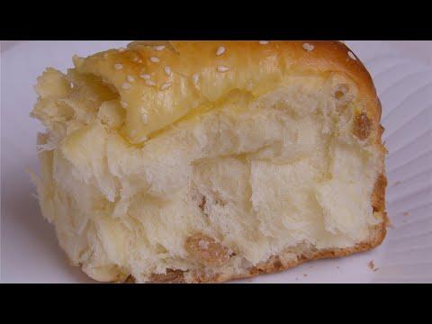 面包最简单的做法,不用揉面,更不用揉出手套膜,松软拉丝超好吃