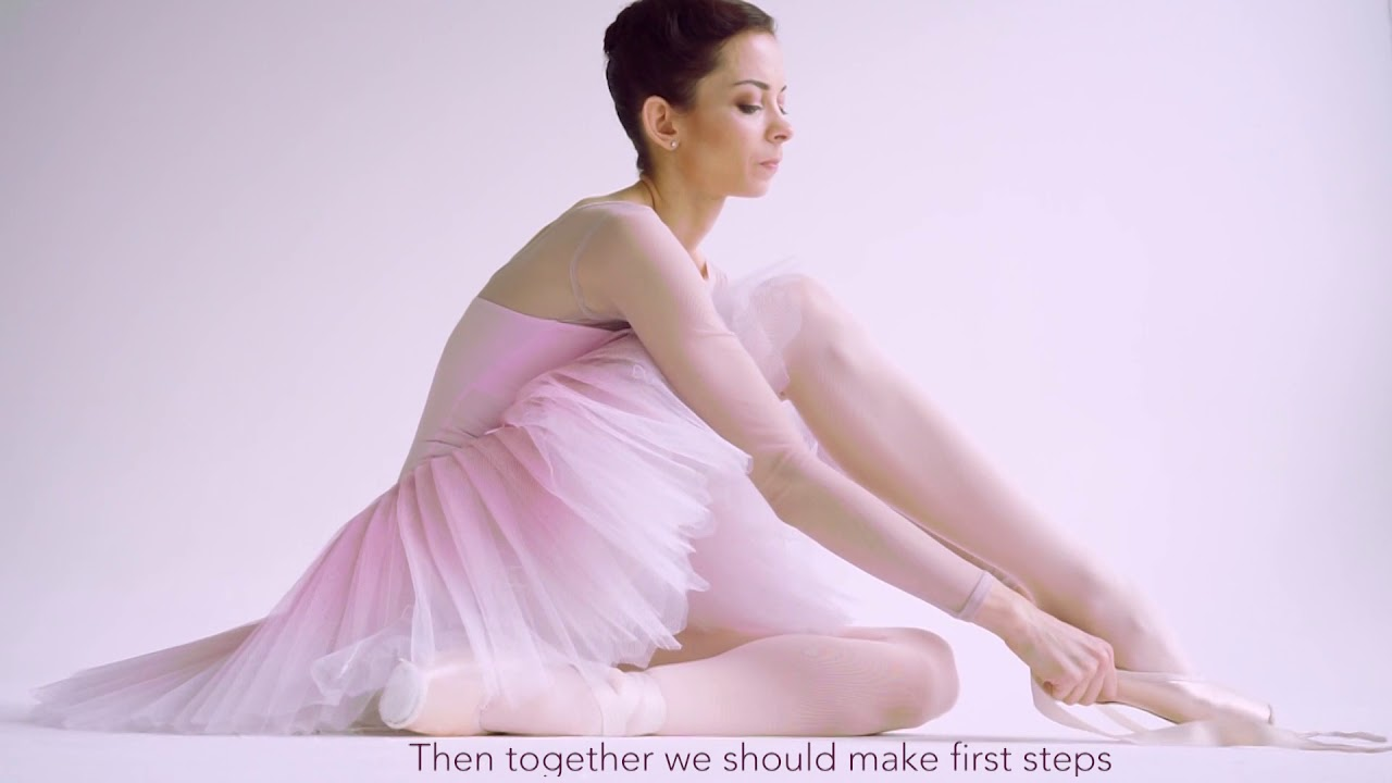 73ac8b127 How Ballet dancers prepare their pointe shoes – R-Class (Kremlin ...