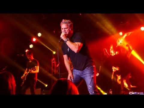 Jon Stevens Live *Hot Chilli Woman*Twin Towns 12/8/17