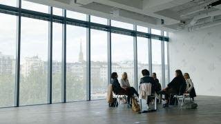 DOKeins: Start-ups - Hinter dem Hype