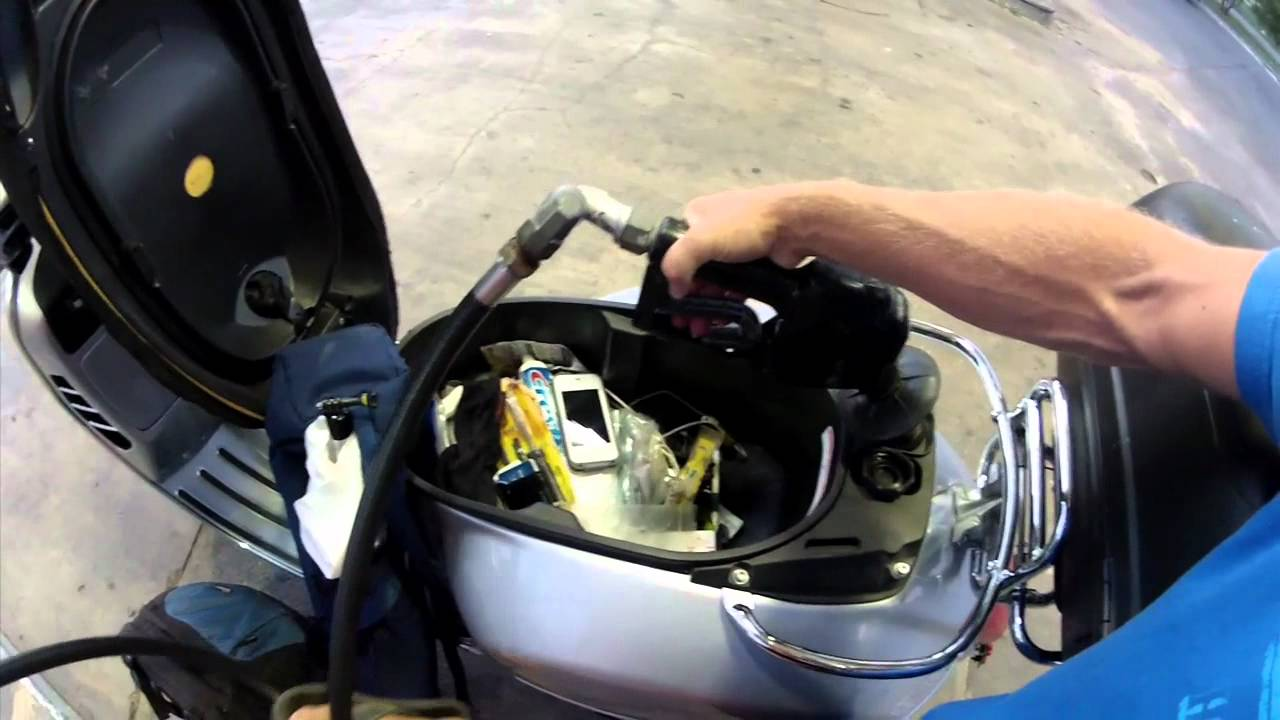 Vespa Tip How can I avoid overflowing the gas tank