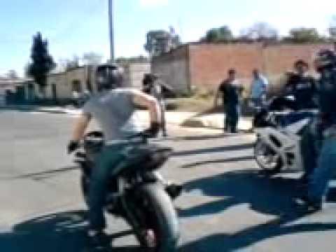 Sorprendentes Carreras De Motos Deportivas Youtube